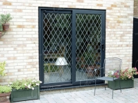 black-timber-alternative-windows-doors-conservatories-05