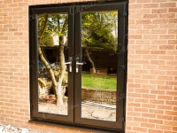 black-timber-alternative-windows-doors-conservatories-41