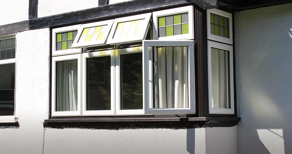 bay-traditional-wooden-alternative-windows