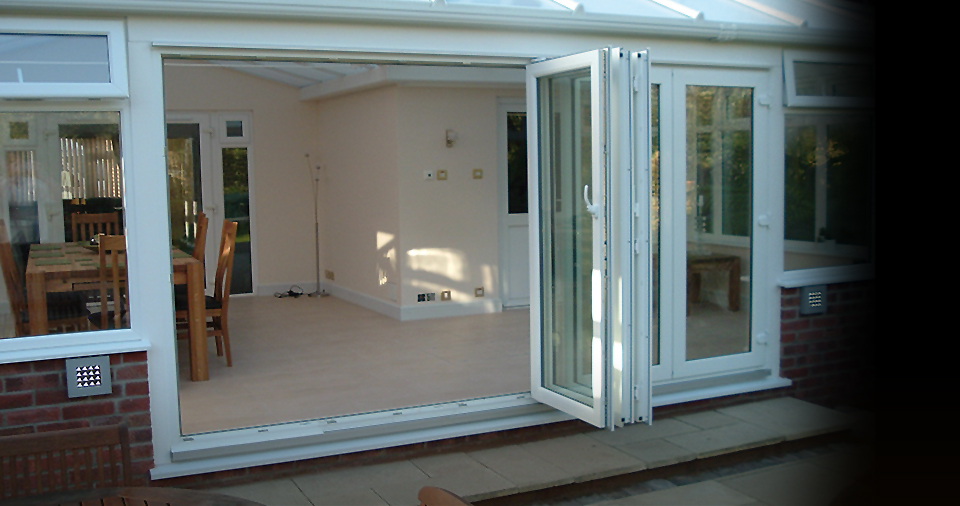 multiFolding-bifolding-doors-1